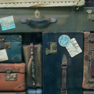 luggage-Erwan-Hesry-Unsplash