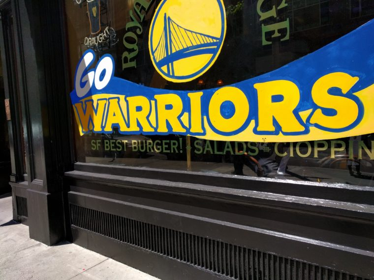 sf-pub-go-warriors-c-w-bound