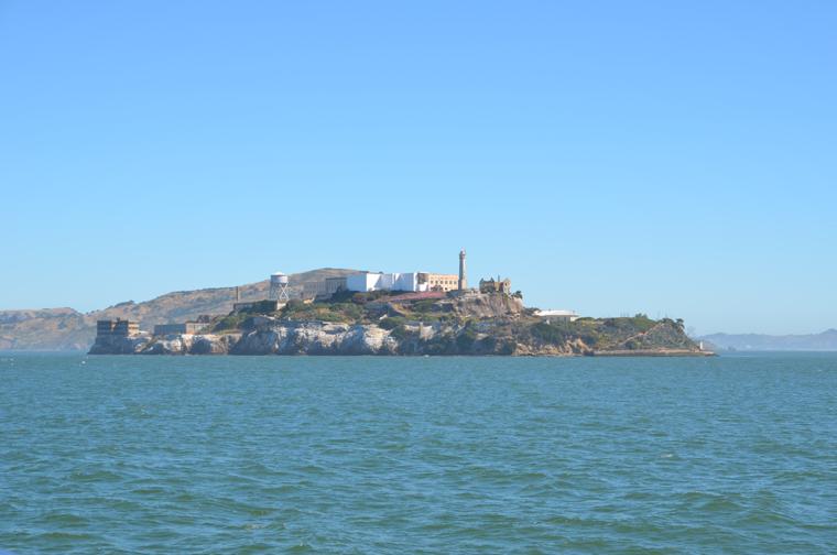 AI-ferry-alcatraz-c-w-bound