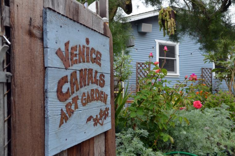 la-venice-canals-art-garden-c-w-bound
