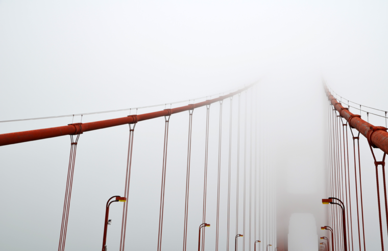 sf-ggb-fog-cables-c-w-bound