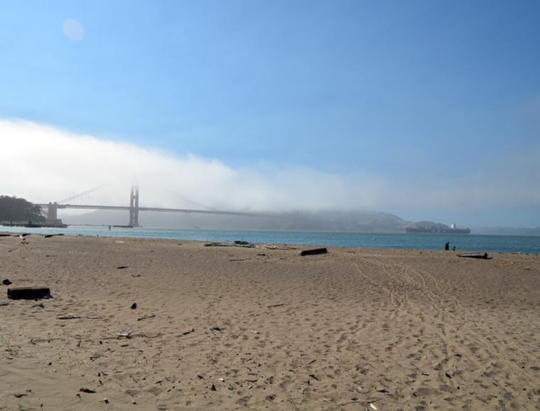 sf-ggb-fog-sun-boat-c-w-bound