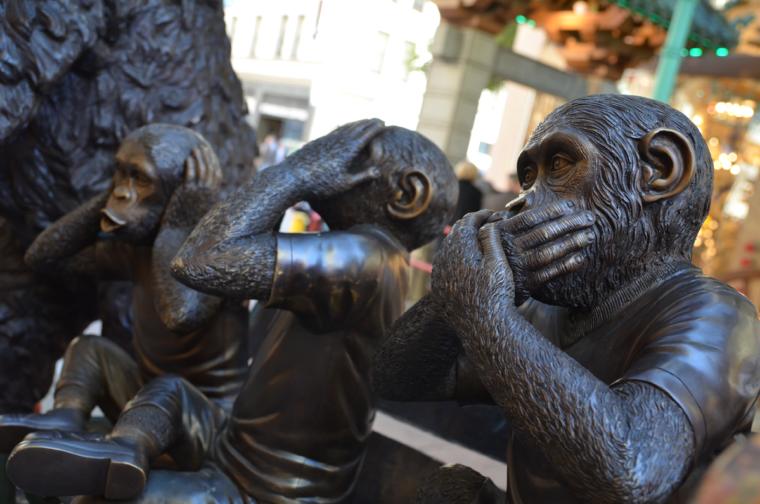 sf-chinatown-three-monkeys-c-w-bound