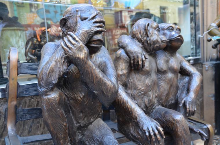 sf-chinatown-three-monkeys-alternative-c-w-bound