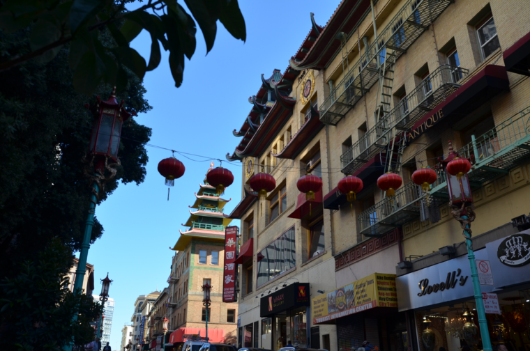 sf-chinatown-buildings-lamps-c-w-bound