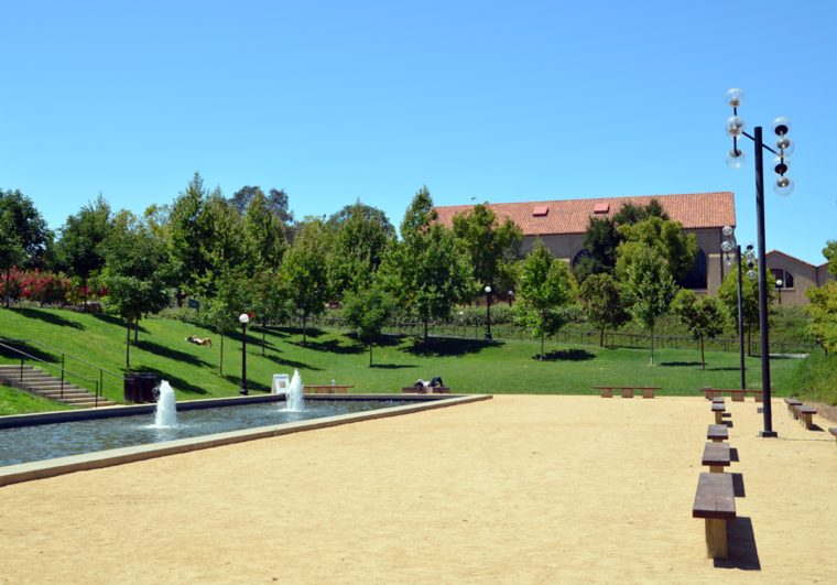 stanford-square-fountain-c-w-bound