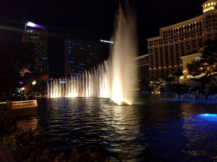 lv-bellagio-fountain-c-w-bound