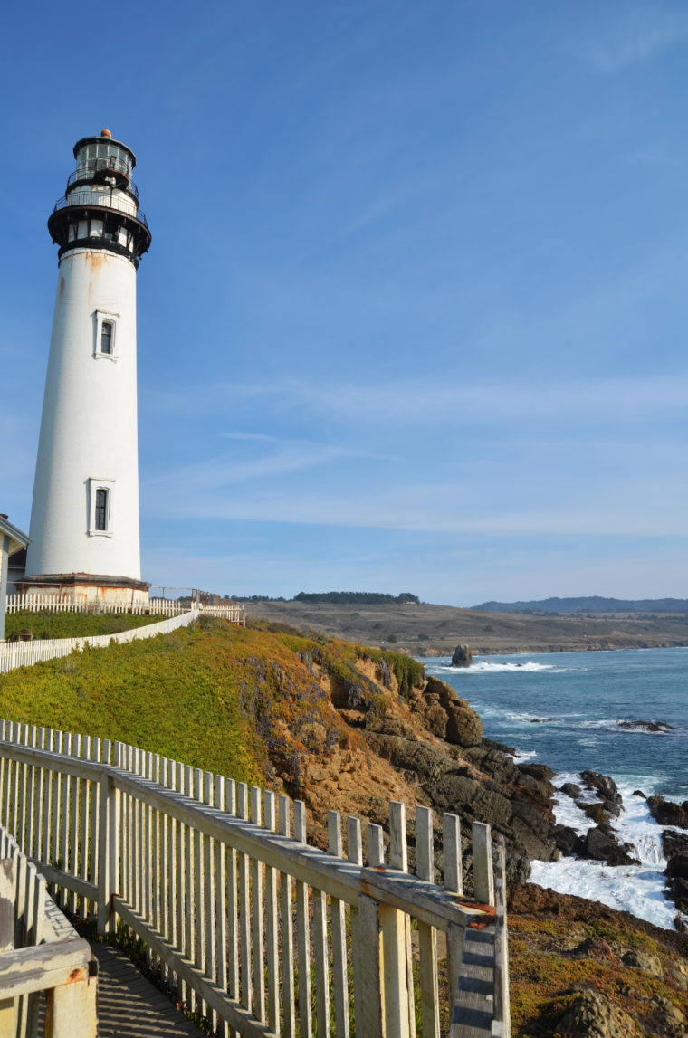 santa-cruz-pigeon-point-lighthouse-c-w-bound