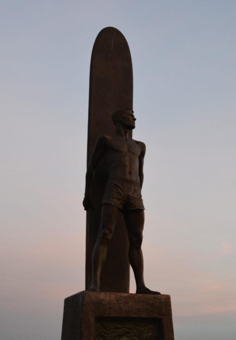 santa-cruz-surf-statue-c-w-bound