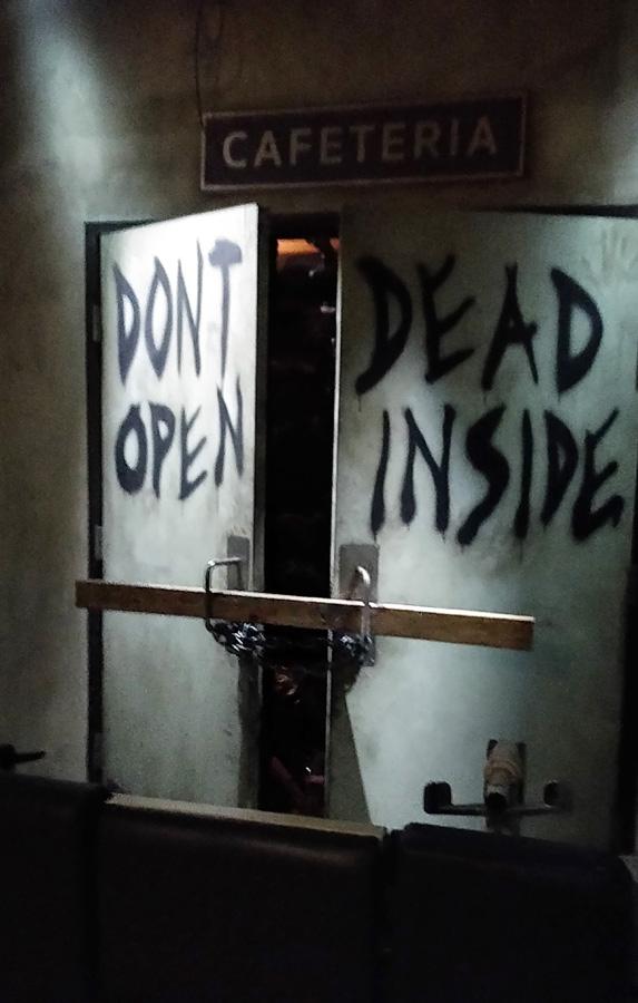 LA-UniStu-WD-dead-inside-c-w-bound