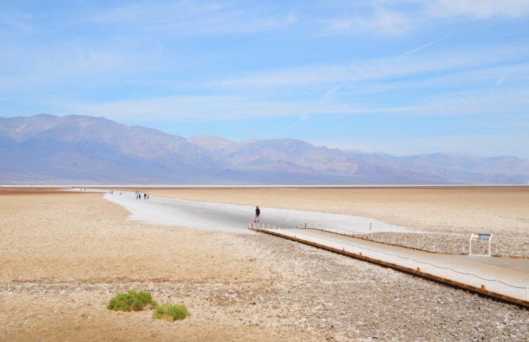 DeathValley-badwater-desert-c-w-bound